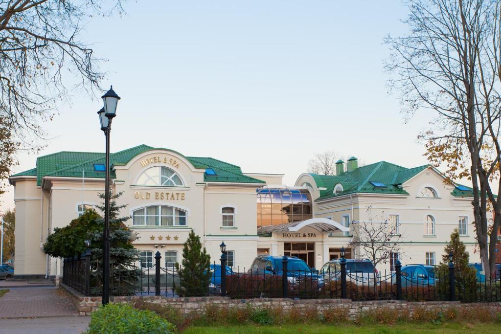 Отель Old Estate, Псков