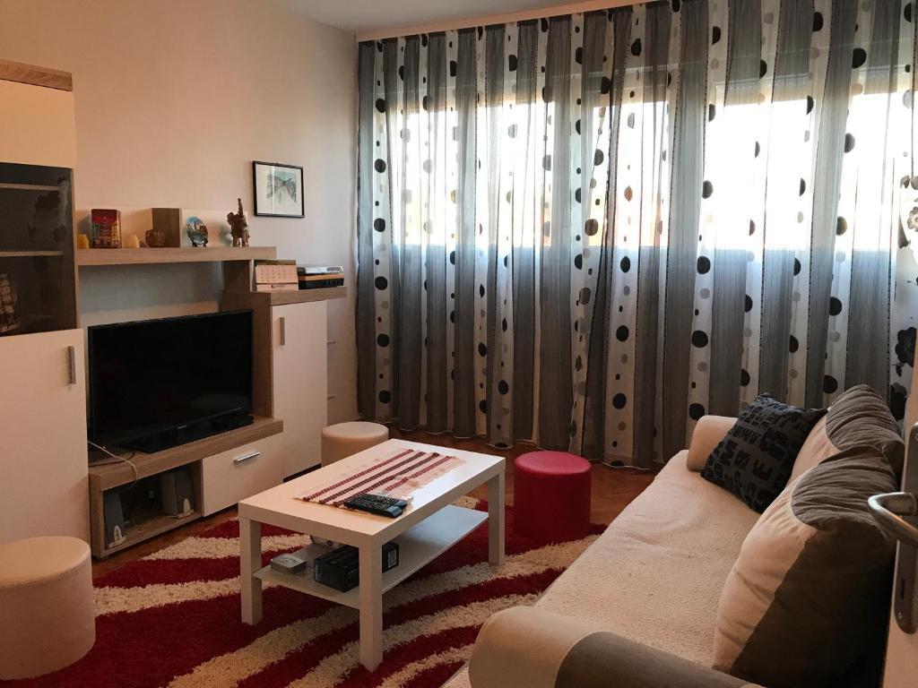 Cosy apartment, Цетинье, Черногория