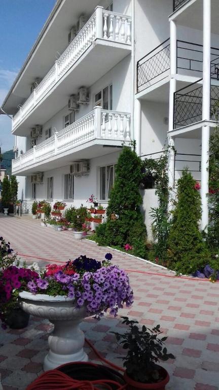 Гостевой дом Монако, Лазаревское