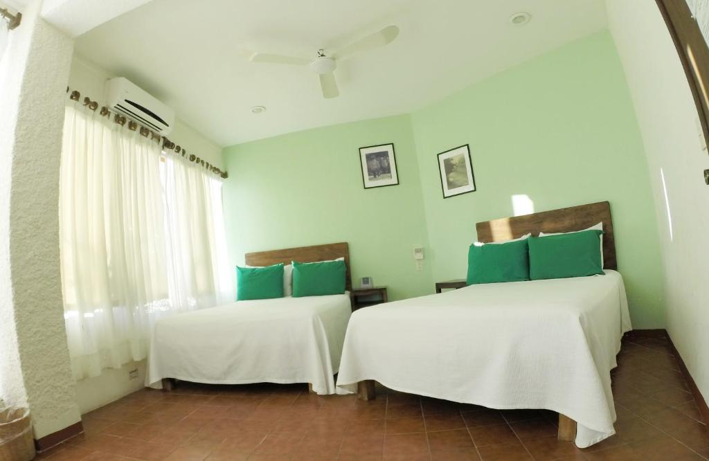 Отель Hotel Puerto Piedra, Пуэрто-Эскондидо