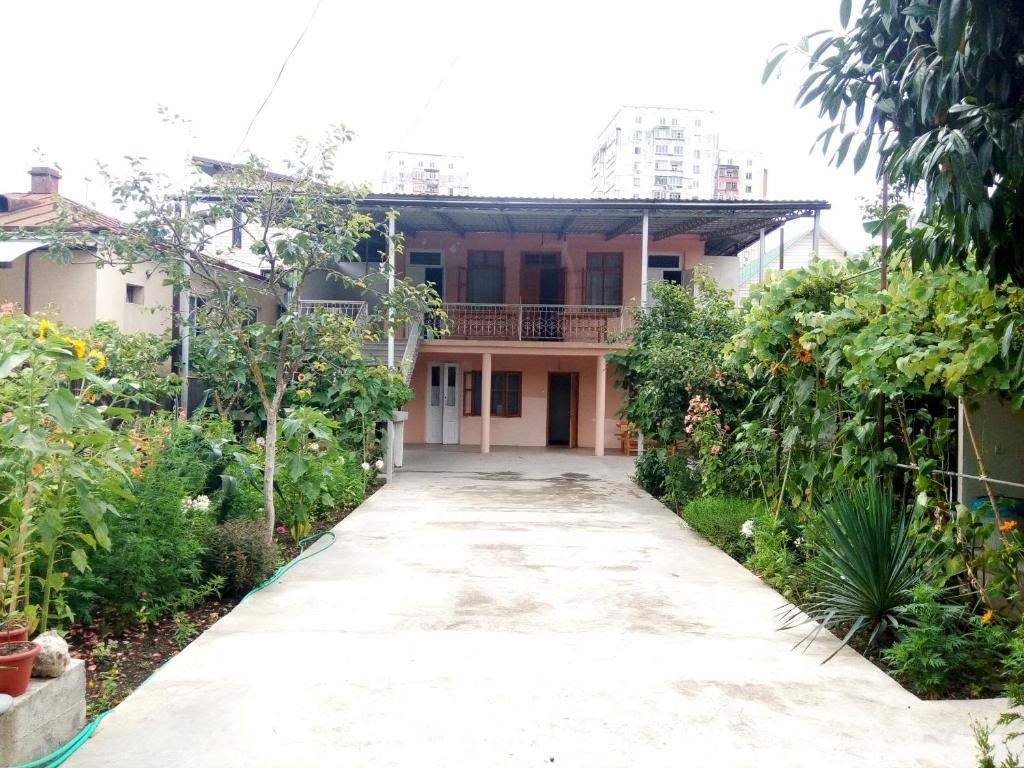 Guest House Emma, Гагра, Абхазия