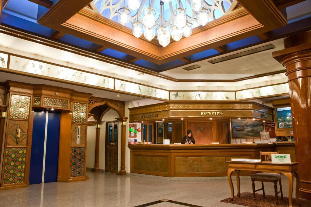 Отель Tanyong, Наратхиват