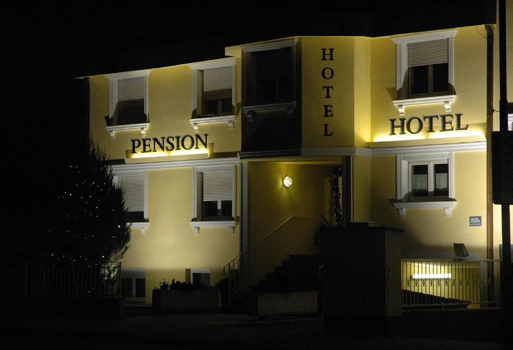 Pension Weber, Вена, Австрия