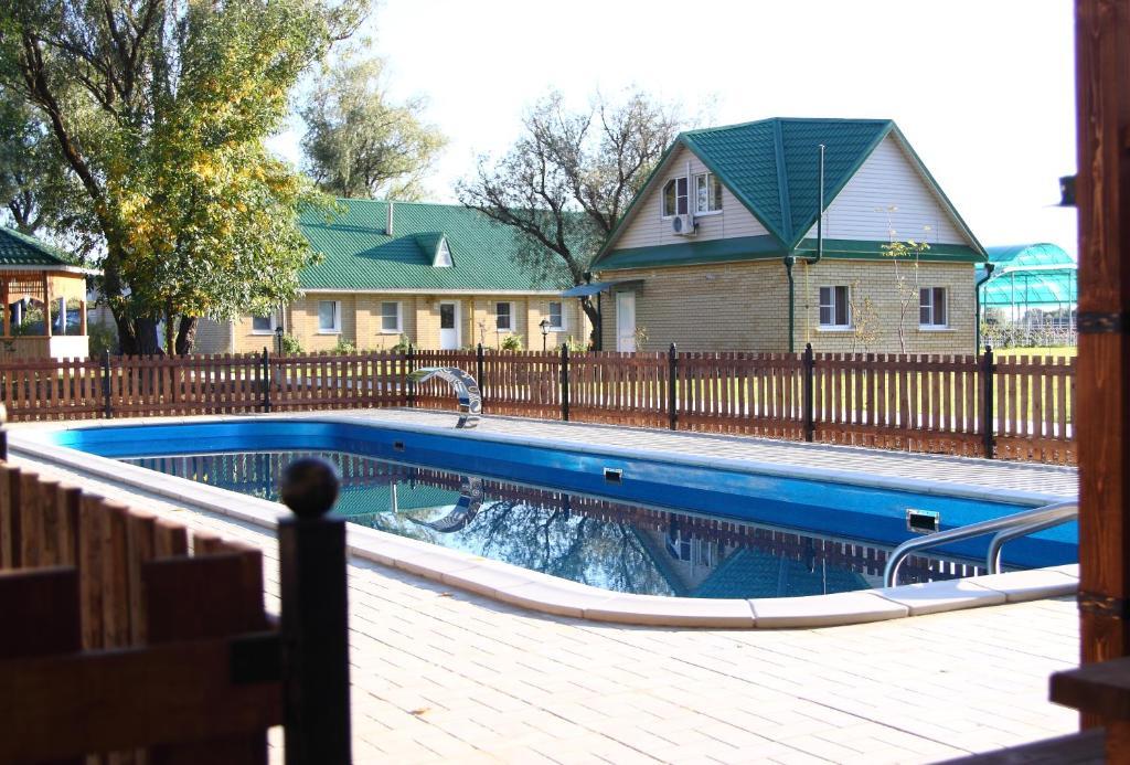 База отдыха Волжанка, Хмелевка