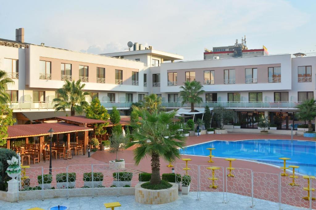 Te Stela Hotel, Тирана, Албания