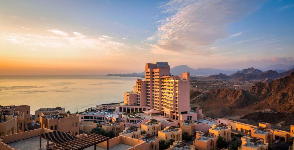 Fairmont Fujairah Beach Resort, Дибба, ОАЭ