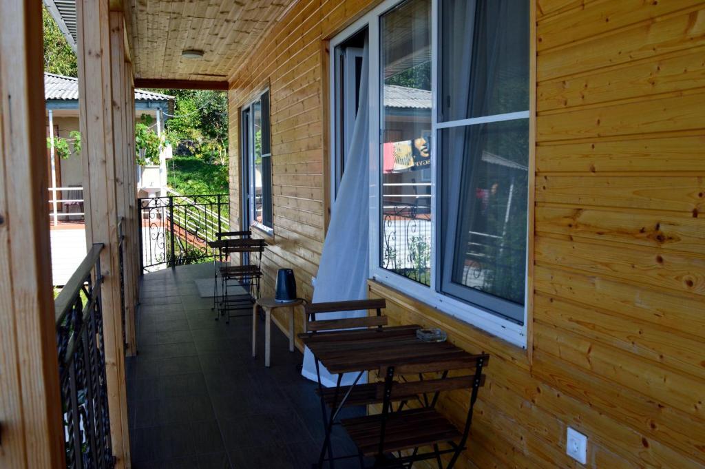 Гостевой дом На Кабардинской 107, Гагра, Абхазия