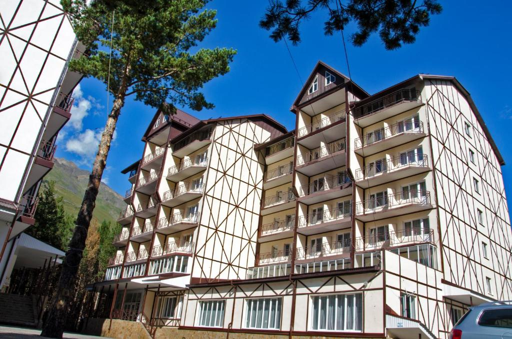 Отель Снежный барс, Терскол