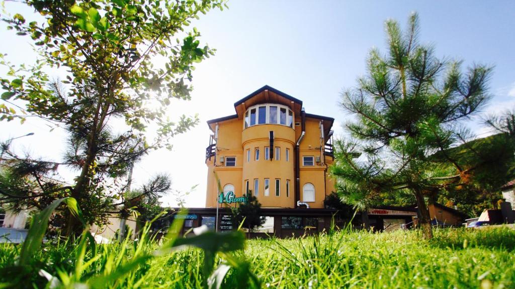 Гостиница Тукан, Красная Поляна