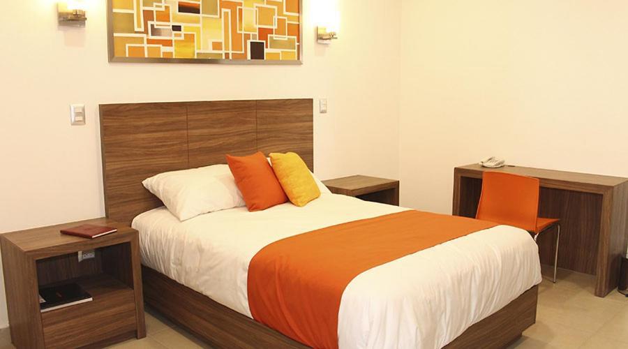 Отель Hotel Villa Express, Дуранго