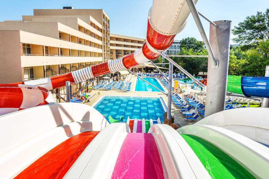Курортный отель Laguna Park & Aqua Club