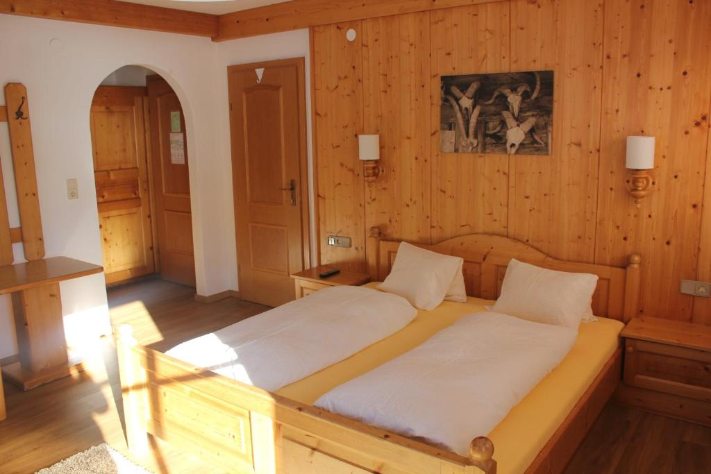 Pension Luzenberg, Альпбах, Австрия