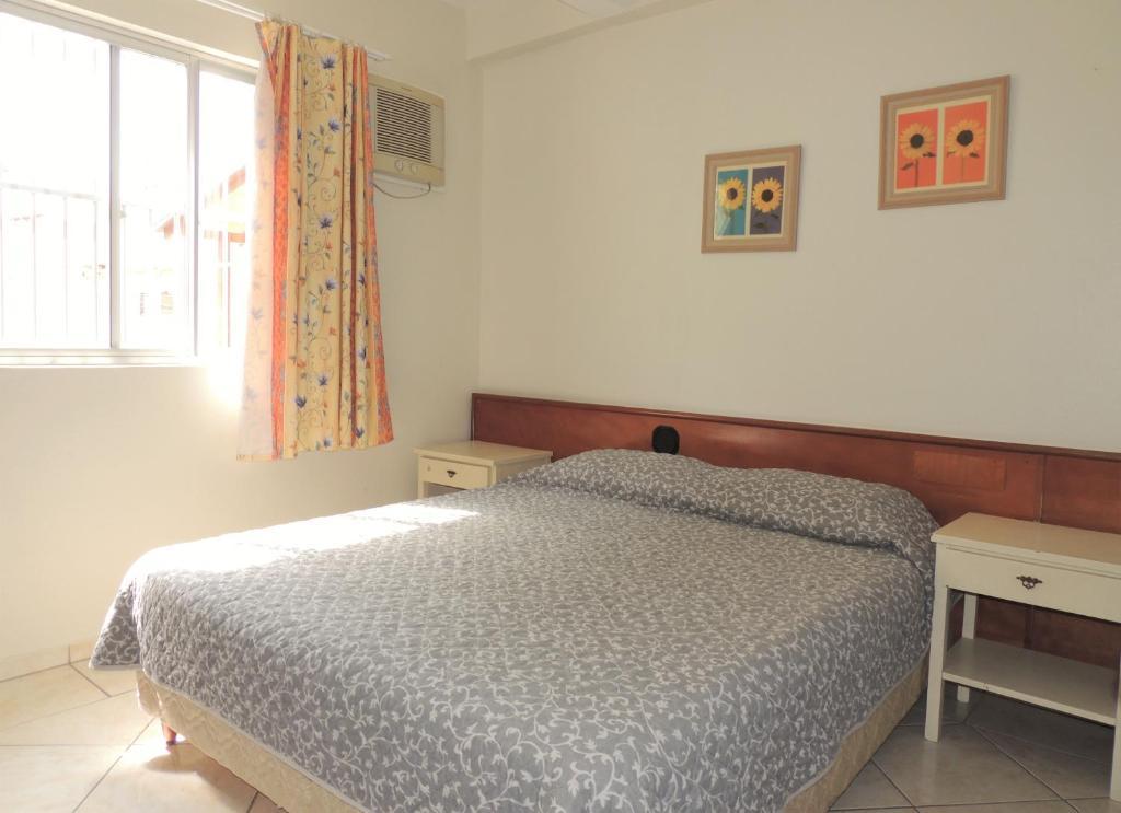 Апартаменты Residencial Kelly Cristina, Бомбиньяс