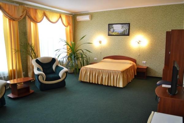 Отель Якорь, Никополь