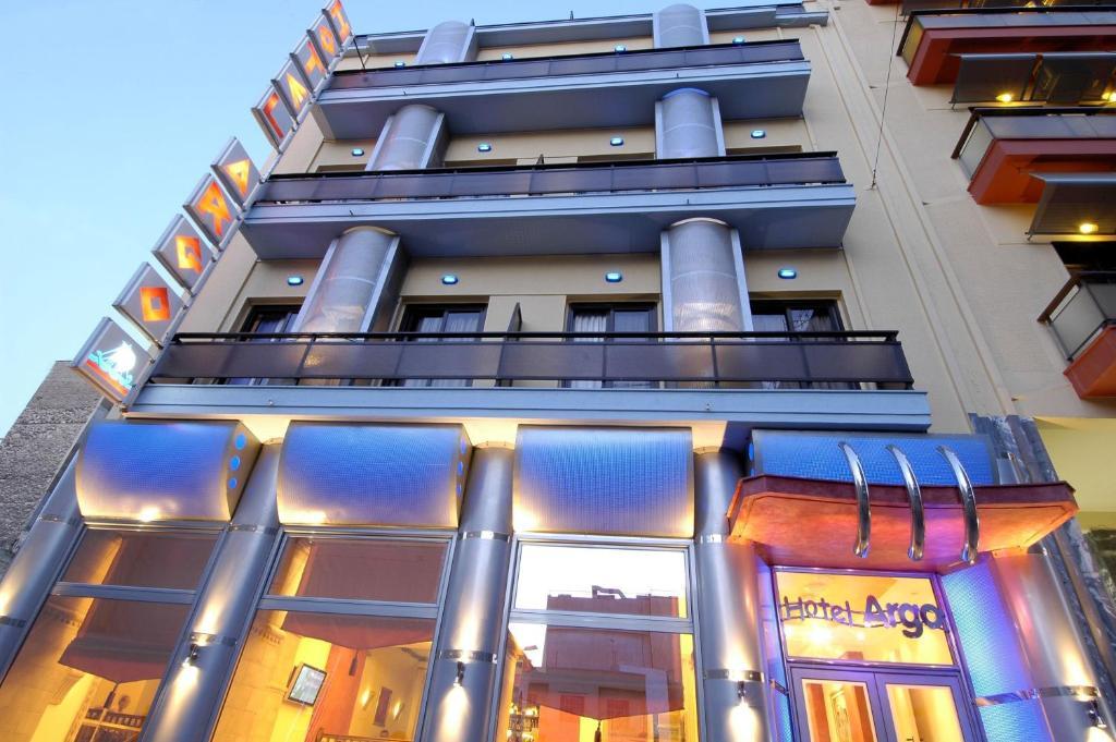 Отель Argo Hotel Piraeus, Пирей