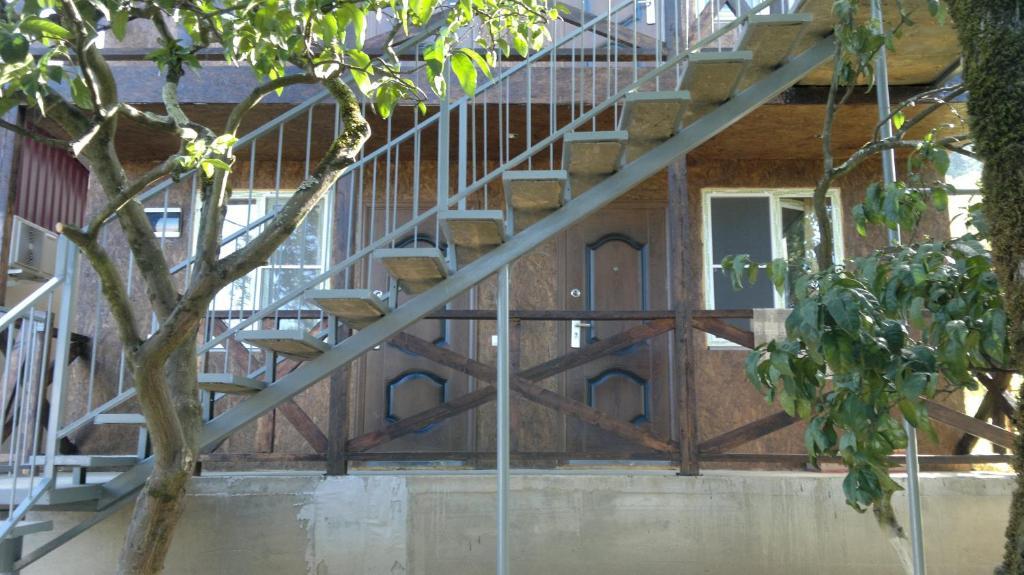 Guest house on Demerjipa, Гагра, Абхазия