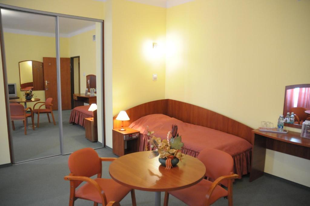 Centrum Szkoleniowo-Konferencyjne Społem, Варшава, Польша