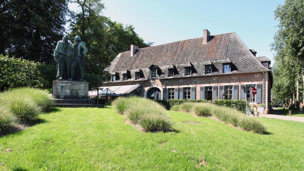 Hotel The Lodge Heverlee, Левен, Бельгия