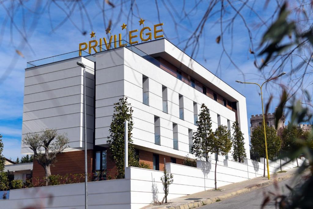 Privilege Hotel & Spa, Тирана, Албания