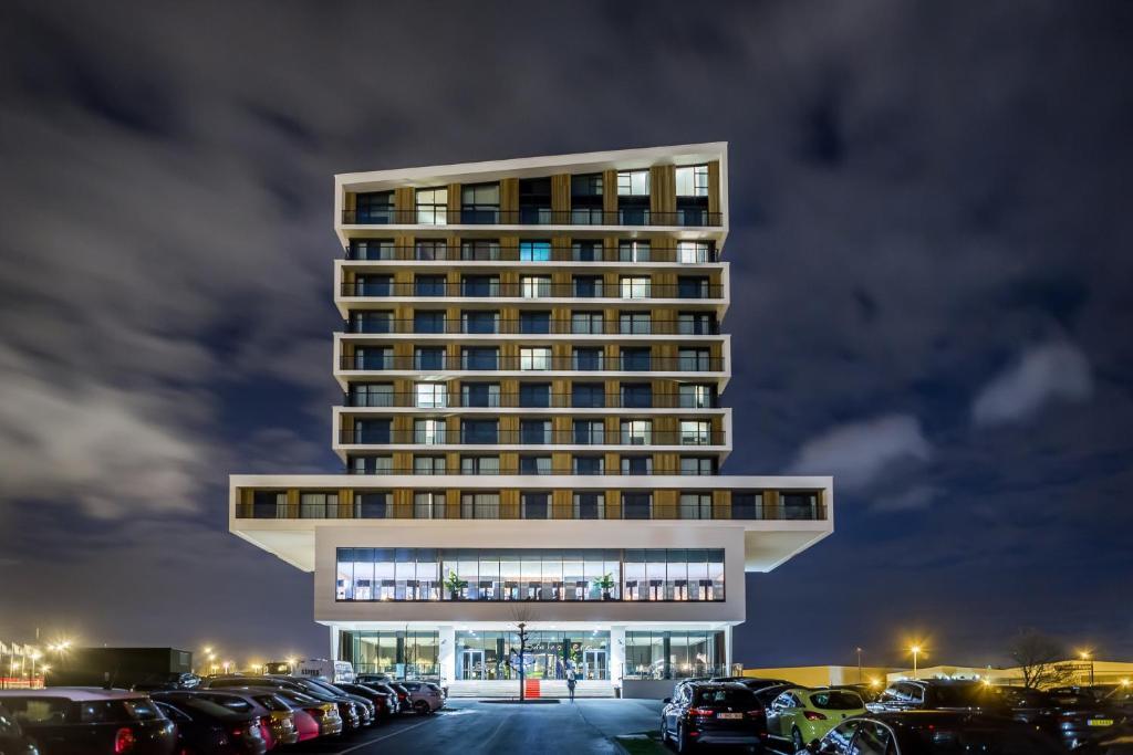 Van Der Valk Luxembourg-Arlon, Сент-Юбер, Бельгия