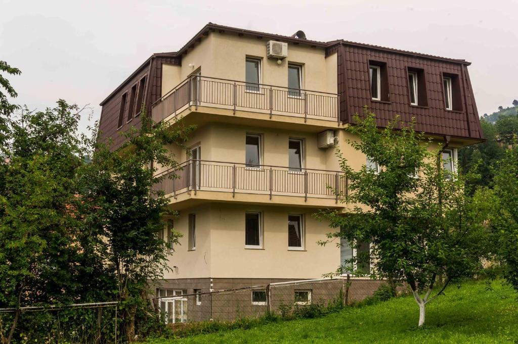 Apartments Colors, Сараево, Босния и Герцеговина
