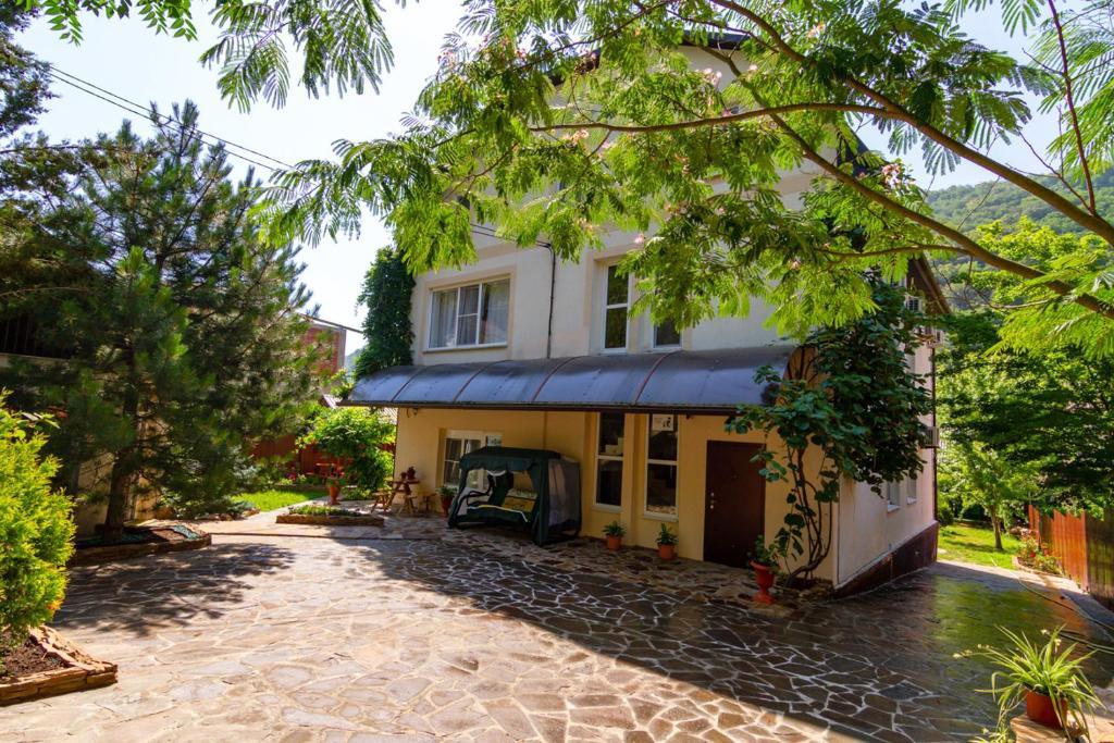 Гостевой дом Новелла, Ольгинка