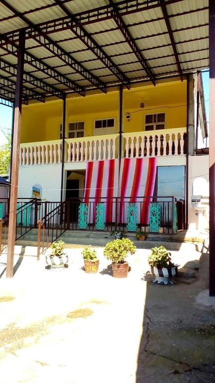 Гостевой дом У Артура, Приморское, Абхазия