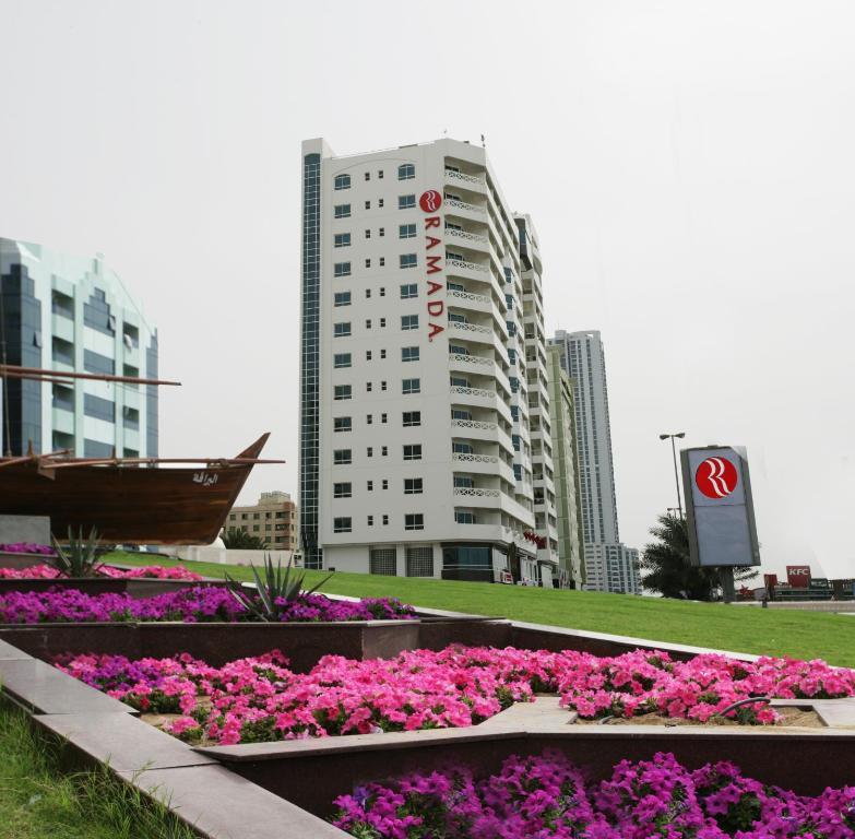 Ramada Beach Hotel Ajman, Аджман, ОАЭ