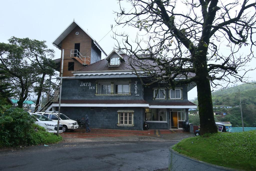 Jays Inn, Муннар