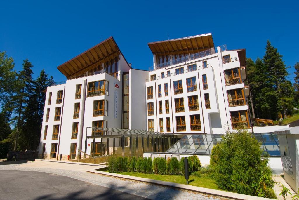Radina's Way Hotel, Боровец, Болгария