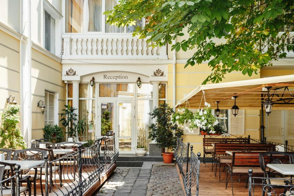 Отель Одесский Дворик, Одесса