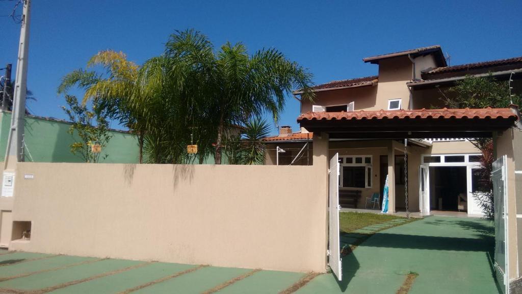 Гостевой дом Sol e Mar Pousada em Caraguatatuba, Карагуататуба