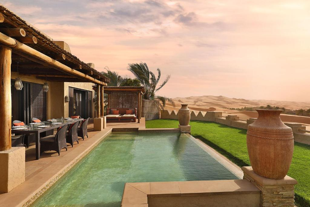 Anantara Qasr al Sarab Desert Resort, Jurayrah, ОАЭ