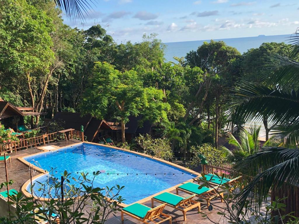 Курортный отель Tingrai Bay Resort, Кох-Юм