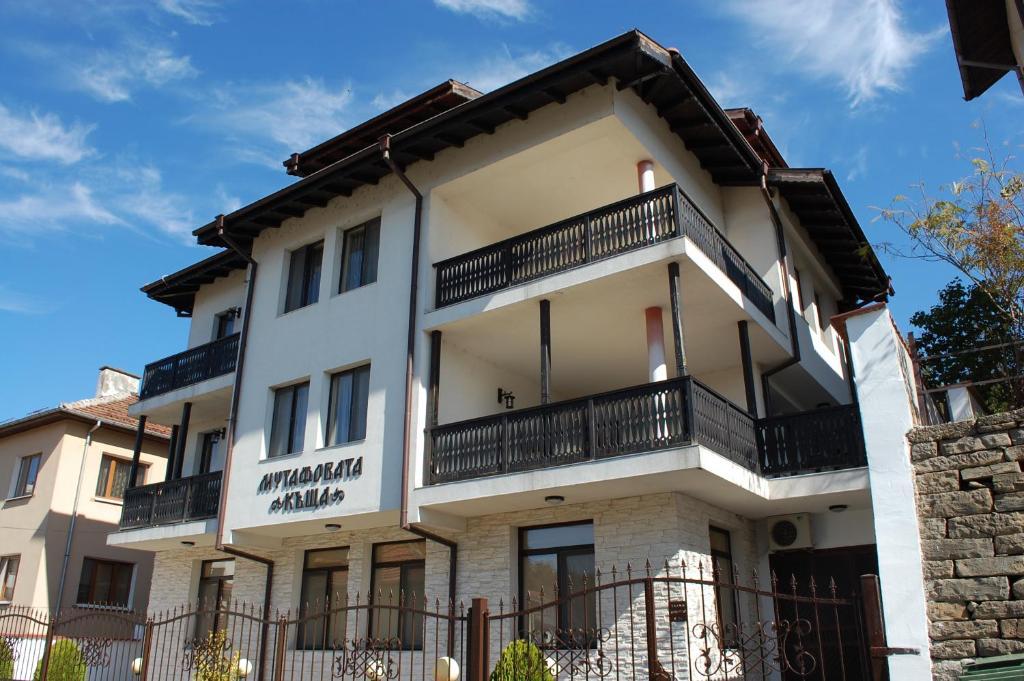 Mutafova House, Трявна, Болгария