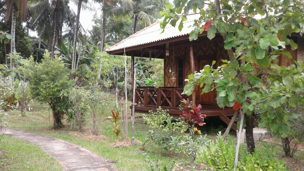 Гостевой дом Ban Ban Bangalow, Кох-Юм
