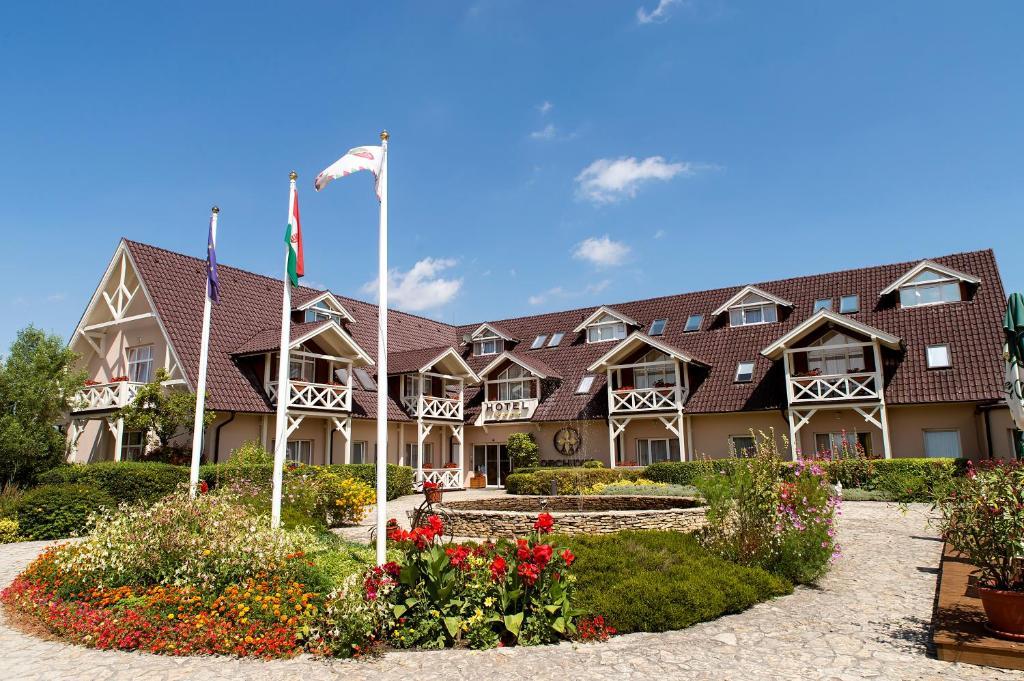 Orchidea Hotel Lipót, Мошонмадьяровар, Венгрия