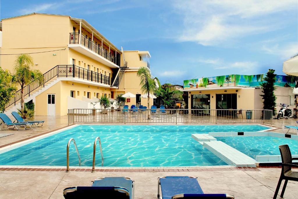 Отель La caretta hotel, Аликанас
