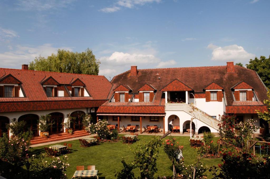 Hotel Weingut Rosenhof, Апетлон, Австрия