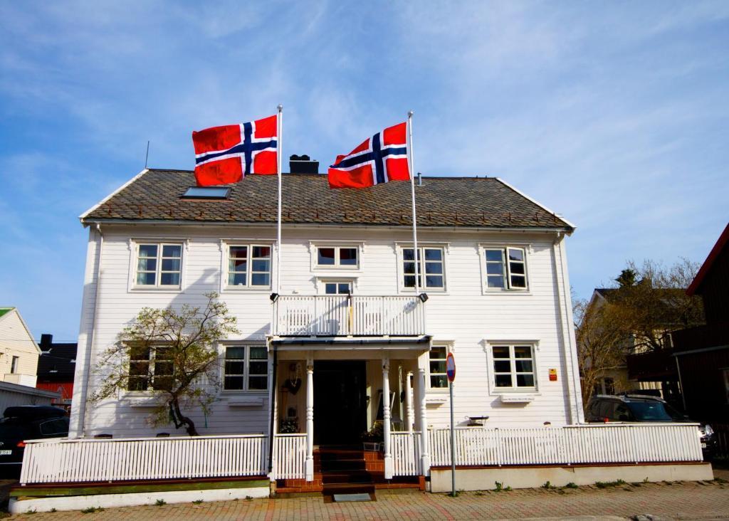 Opsahl Gjestegaard, Буде, Норвегия