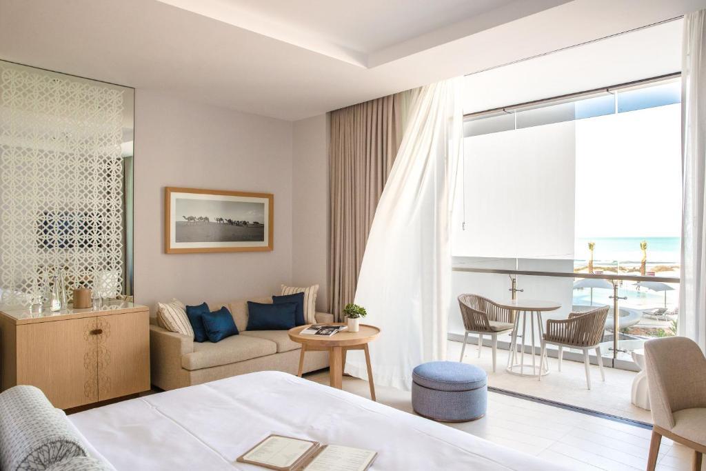 Отель Jumeirah at Saadiyat Island Resort, Абу-Даби, ОАЭ