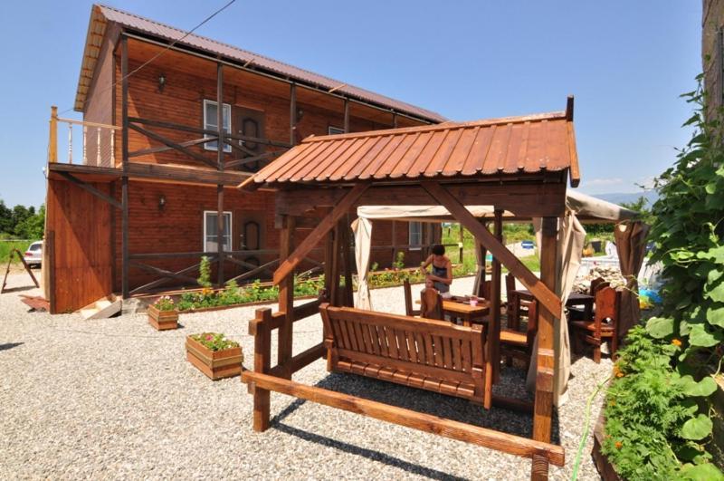 Stary Zamok Guesthouse, Пицунда, Абхазия