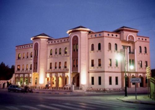 Апартаменты Résidence El Arich, Таузар