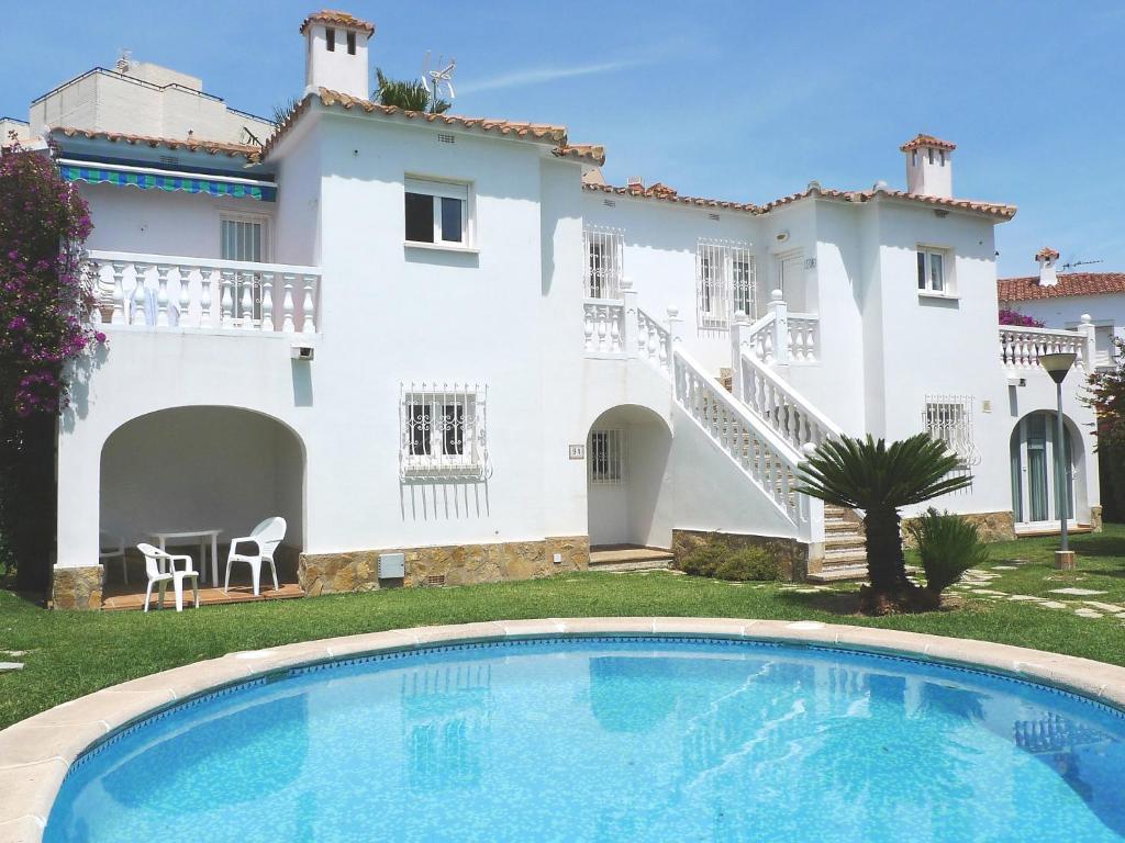 каждому, жилье недорогое в испании аренда и фото воссоздать себя