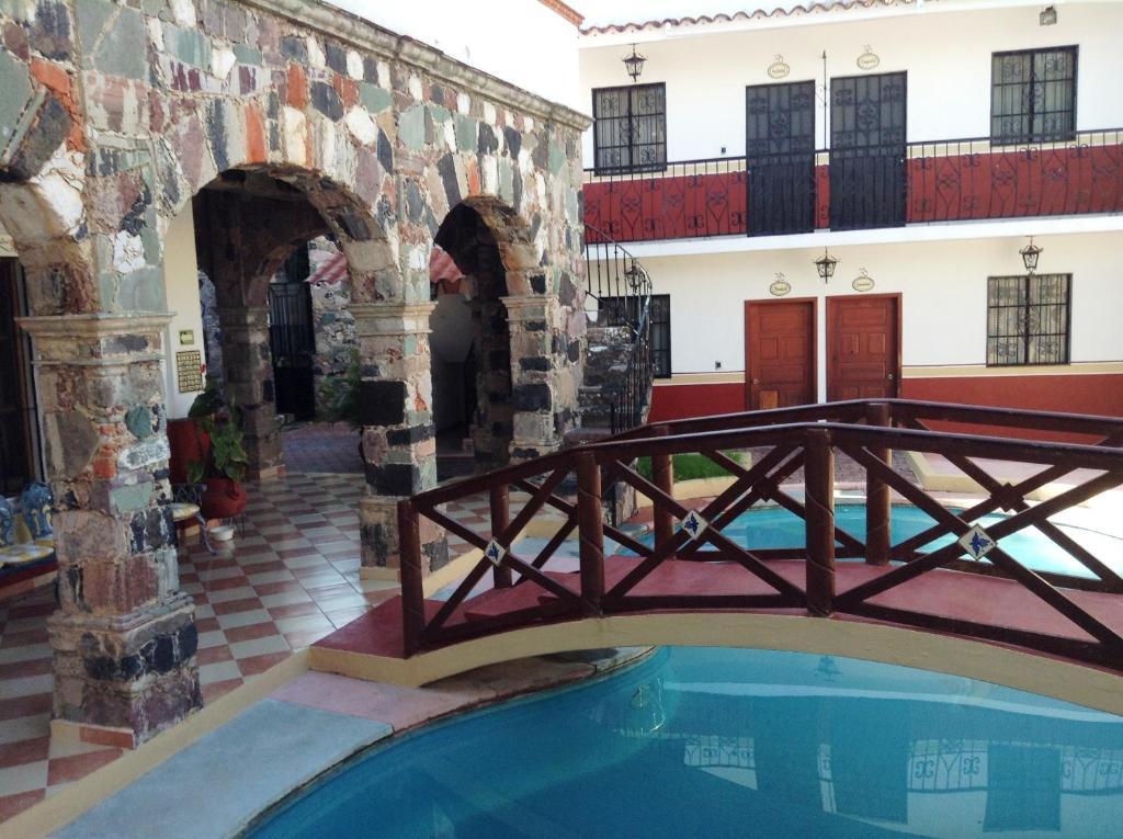 Гостевой дом Villa San Francisco Hotel, Таско-де-Аларкон