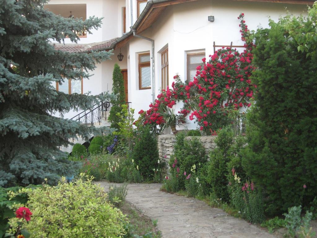 Guest House Astra, Арбанаси, Болгария