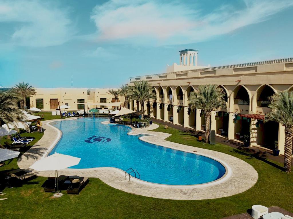 Western Hotel - Madinat Zayed, Мадинат-Заид, ОАЭ