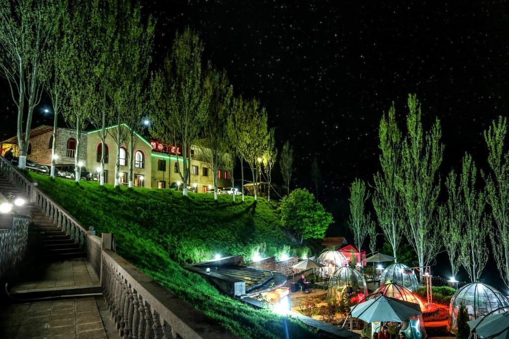 Отель Zora Akhbyur, Горис