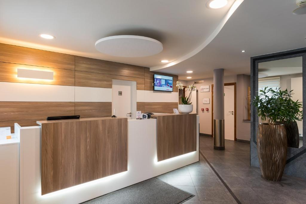 Best Western Plus Aero 44 Charleroi Airport, Шарлеруа, Бельгия