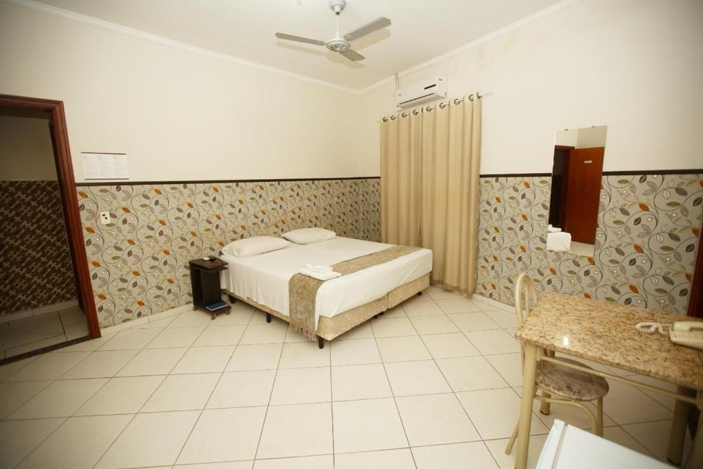 Отель Hotel Ruby, Индаятуба